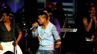 DAVID CALZADO y CHARANGA HABANERA - La Cubana (Official Live Clip HD)