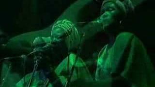 BOB MARLEY - JAMMING (Live)