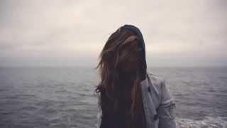 Sun Glitters - The Wind Caresses Her Hair (Sinoptik Music Remix)