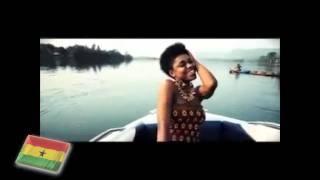 African women - World Music - Ghana - Becca - mit Text